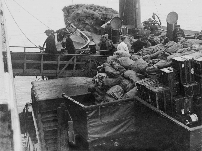Титаник багаж чемодан