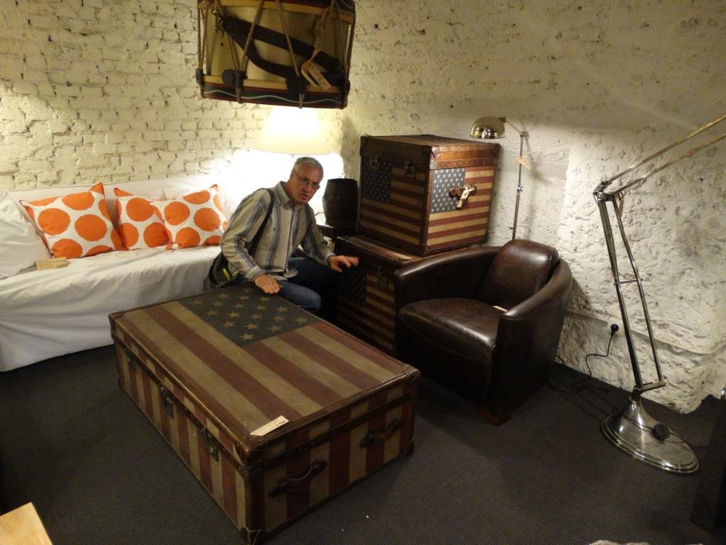чемодан,мебель,интерьер