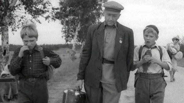 чемодан диверсанта,советский фильм
