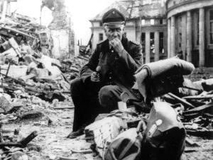 немецкий офицер, Вторая мировая война, багаж