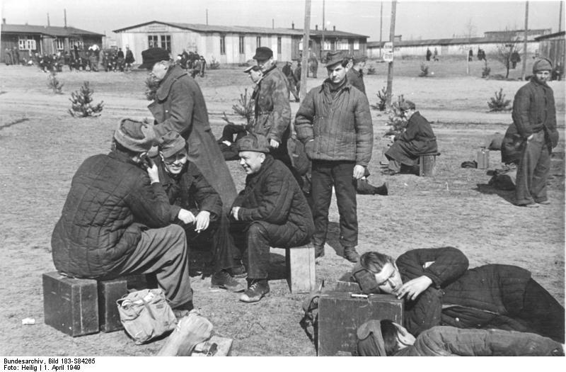 фанерный чемодан, пленные немцы, возвращение,ватник, ушанка