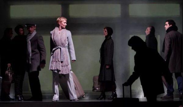 Анна Каренина,чемодан,Пермский Театр-Театр