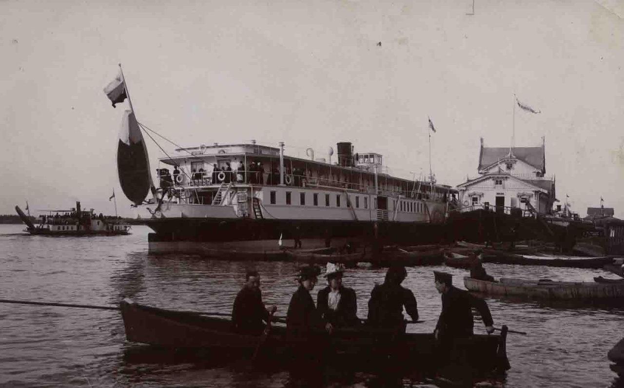 старинный пароход