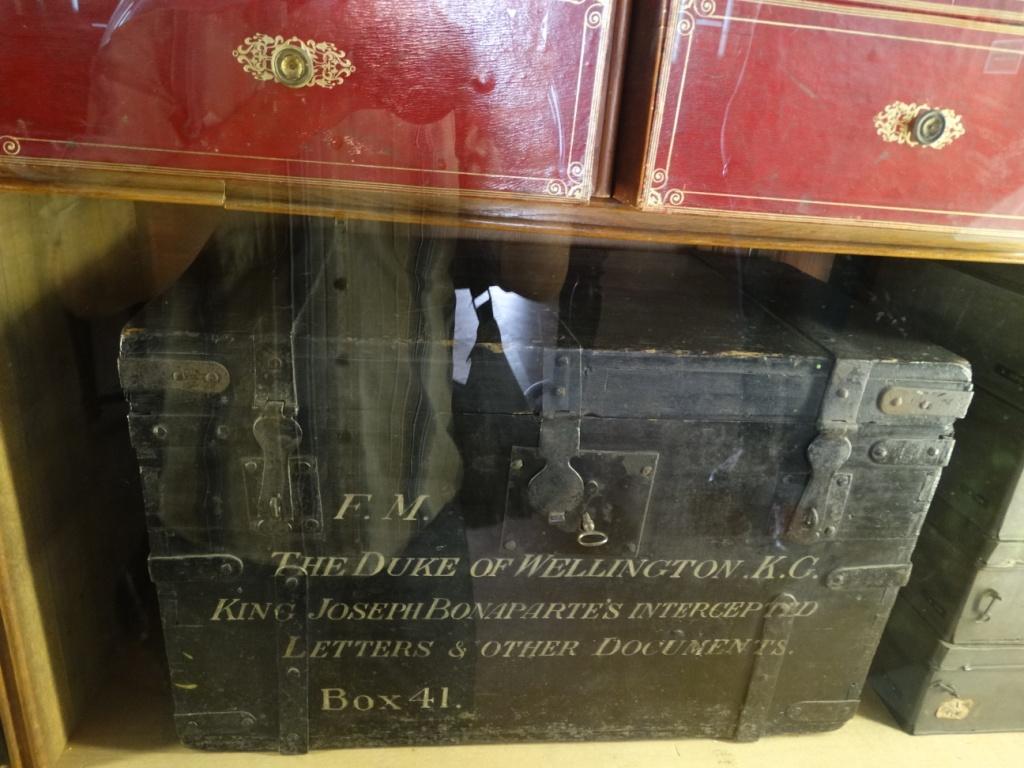 сундучок, письма,Бонапарт,Веллингтон