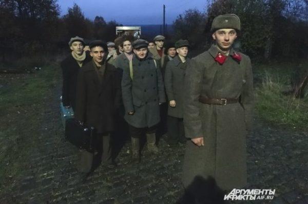 """чемодан, фильм """"Топор войны"""""""