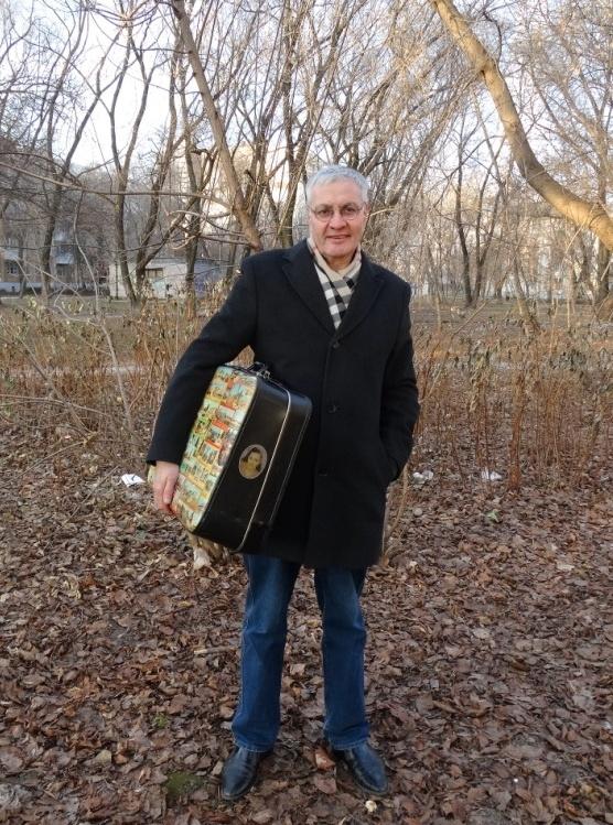 Дембельский чемодан DDR с наклейками