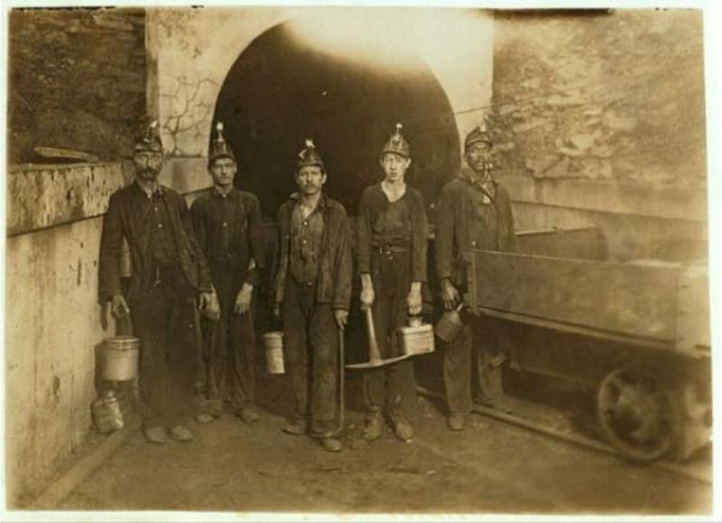 шахтёр,тормозок,старое фото