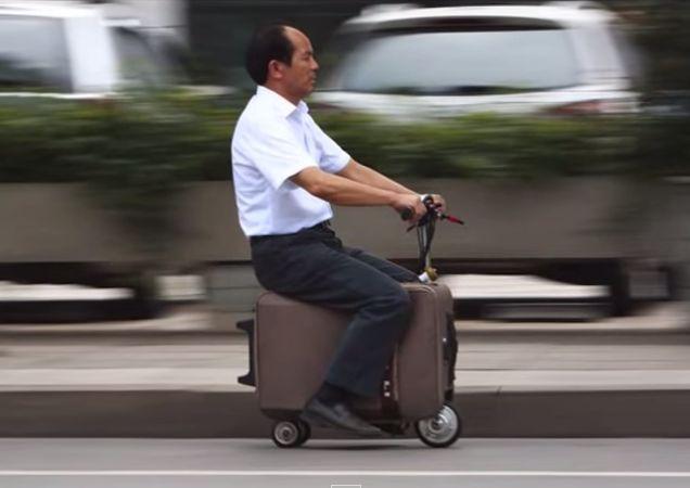 электрический чемодан-скутер