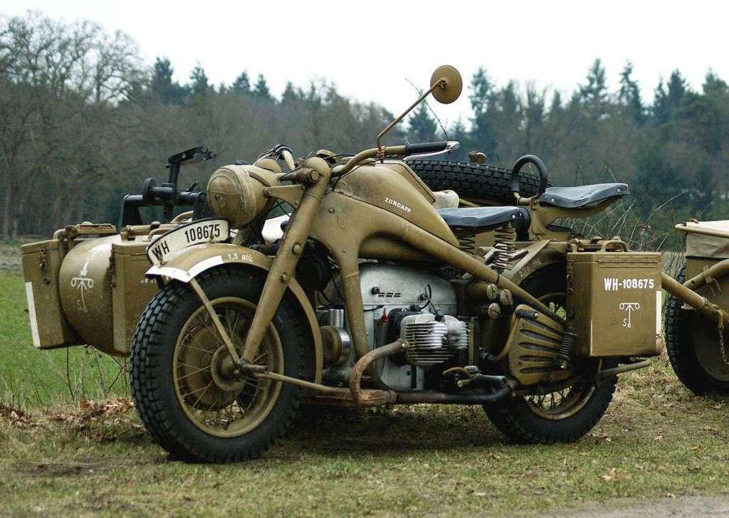 Мотоцикл Zündapp, цвет хаки