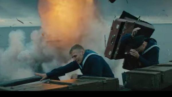 кадр из фильма Спасти Ленинград, чемоданы