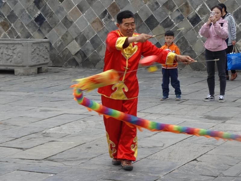 Китай,жонглёр