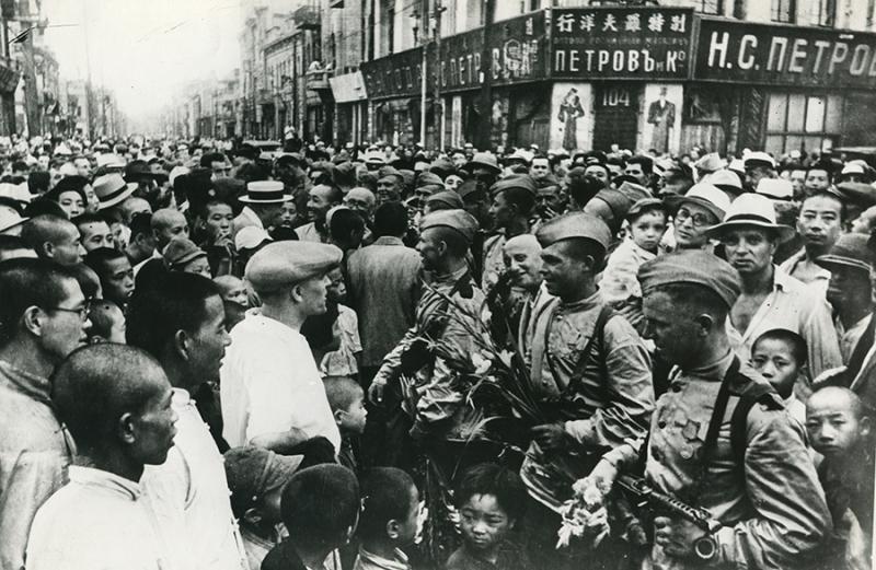 фото 1945 Китай чествование освободителей