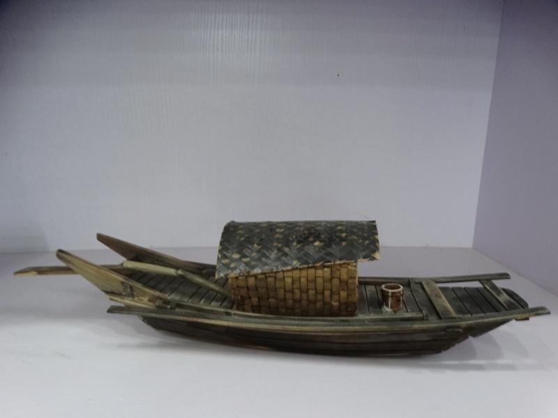 художественная инсталляция лодка