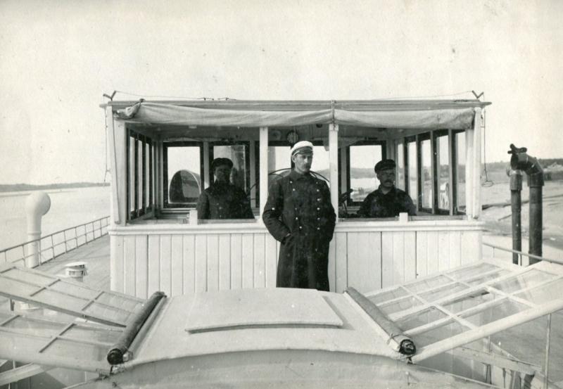 Рулевая рубка речного парохода